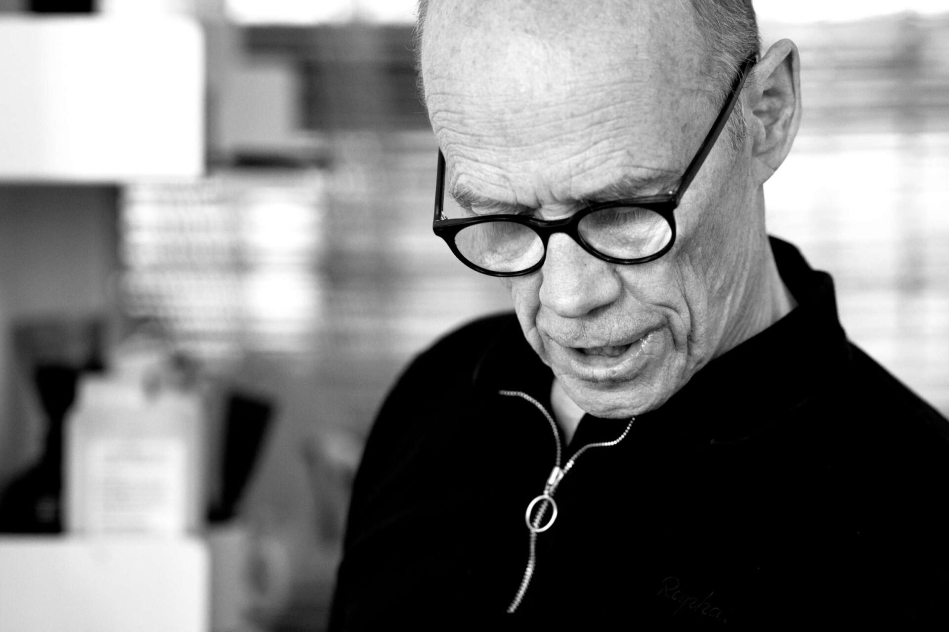 Erik Spiekermann is speaking.